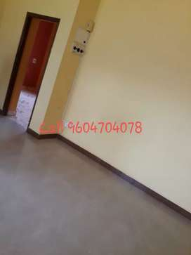 1bhk Semi Furnished in stinez at 11000 only