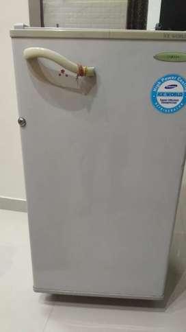 Samsung fridge , fully working with original working compressor.