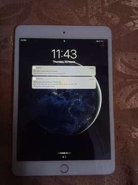 Ipad mini 3 cellular+wifi 16 gb as good as new
