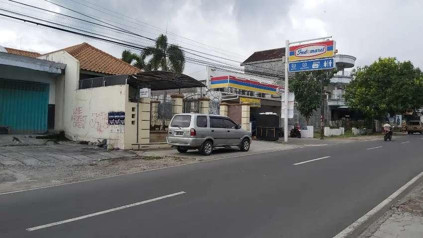 Dijual  bekas toko bangunan