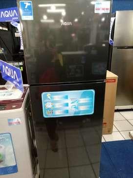 Kulkas Aqua 2 pintu kredit via megazip