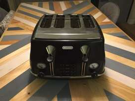 Uk imported 4 slice toaster different color different brand available