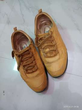 New Redchife shoes under 2 months very good condition
