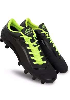Nivia Boots(size 7)