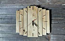 Jam dinding kayu kece
