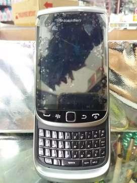 Blackberry torch 9800 new