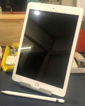 iPad (6th Gen) 128GB Wifi+4g⎮Apple Pencil (1st Gen)⎮Logitech Keyboard