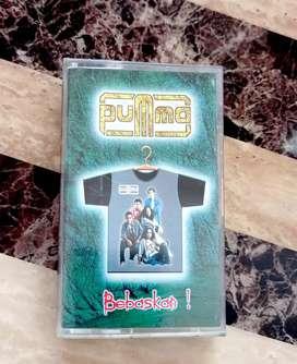 kaset pita original album band PUMMA : BEBASKAN.  kondisi open segel