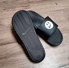 Sandal Nike Benassi Smiley Face Black Original Murah