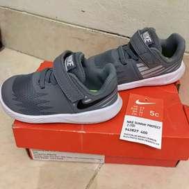 Sepatu anak Nike Sunray Protect Size 5c