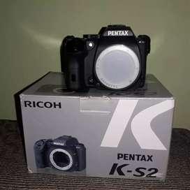 Kamera DSLR Ricoh Pentax K-S2 Body Only Fullset Mulus, Like New