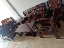 Kursi sanghai dari bahan kayu meranti