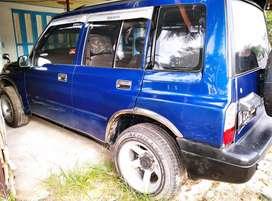 Dijual mobil escudo nomade 1.6