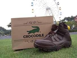 Sepatu safety ready stock