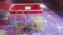 1 Mont old fish tank and light and oxygen masin all sel