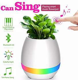 Speaker Bluetooth Pot Bunga
