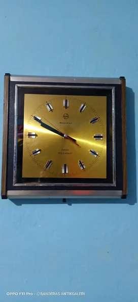Jam dinding antik transistor telesonic 4 jewels clock vintage