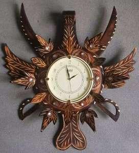 Wooden antique wall watch