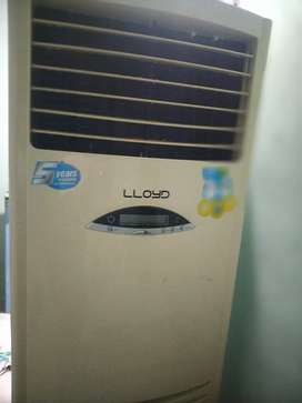 Very very good in working condition LLYOD TOWER AC