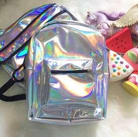 Tas sekolah dan pencil case hologram