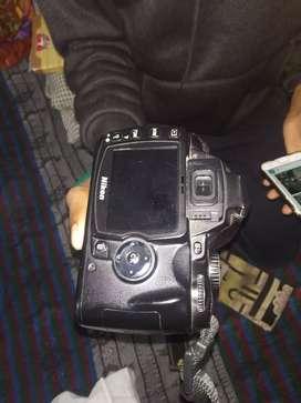 Nikon D60 DSLR camera he