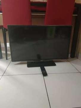 Led Tv Philips model 32PHA4100S