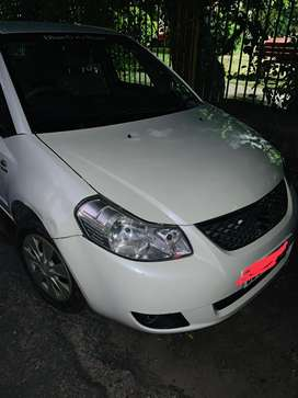 Maruti Sx4, white, excellent driving conditions