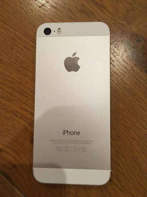 Iphone 5S 64Gb Silver Condition 10/10 0