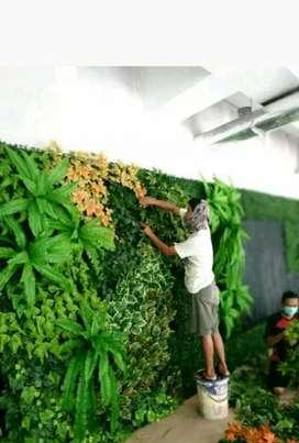 Decorasi pembuatan vertical garden sintetis daun pelastik