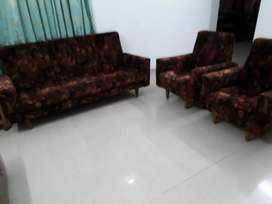 Venthekku upholstered sofa