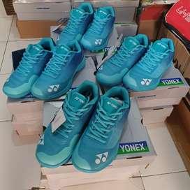 Sepatu Badminton Yonex Aerus Z Blue