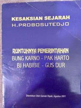 Buku Runtuhnya Pemerintahan