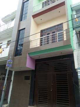 72 YARD NEWLY CONTRUCT TRIPLE STORY HOUSE 56 LAC (OPP -MEDICAL COLLEGE