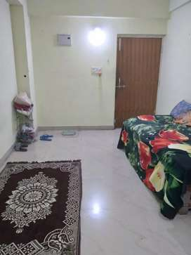 I want a roommate,for 2 bhk flat .semi fernished room,