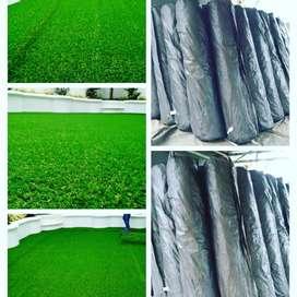 Terima Pemasangan Rumput Taman Berbentuk karpet Mudah Perawatan