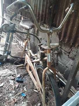 Jual sepeda olahraga keadaan apa ada nya