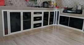 Kitchen set bahan kaca dan alumunium