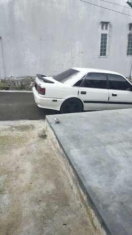 Jual mobil bekas Mazda Capella 88