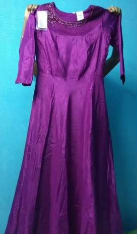 Fully New silk gown for sale