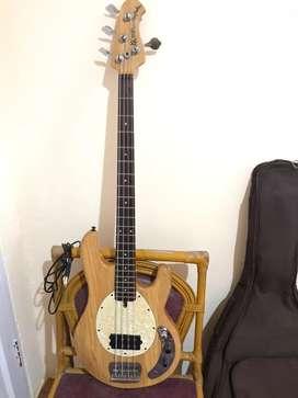 Bass Musicman Custom