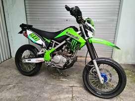 Kawasaki KLX 150 Modif Supermoto