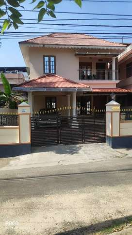 5 cent 2000 sqft 4 bhk house at edapally near ponekkara