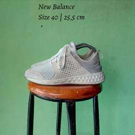 Sepatu New Balance . Size 40 | 25,5 cm