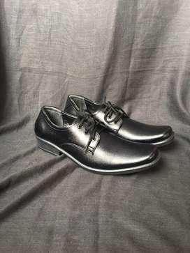 Sepatu Pantofel Tali Stifano