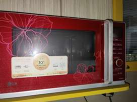 LG Microwave Red with convection