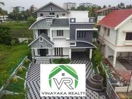 3500sqft 4bhk gated community villa on 9 cent at Vennala. ₹ 1.75Cr