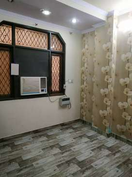 2 BHK SEMI FURNISHED IN JUST 11000/ ONLY WITH 15 DAYS BROKERAGE
