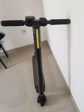 scooter electrik / escooter / skuter listrik / otoped