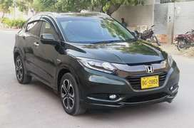 Honda Vezel Hybrid Z Package.. Model 2014 Reg. 2016..
