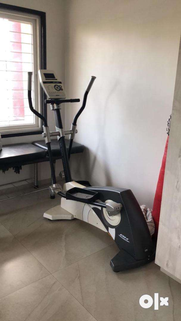 BH Fitness Elliptical Cross Trainer 0